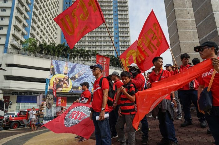 anti duterte protesters like these make news every day