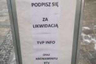 Chcą likwidacji TVP Info i abonamentu RTV. Zbierają podpisy, bf
