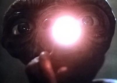 Il dito luminoso di E.T.