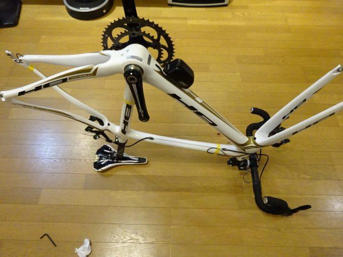 亀裂ロードバイクの修理