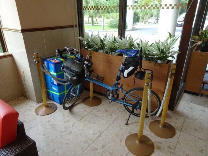 ホテルでの自転車置き場