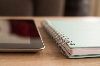 notebook-738794_640