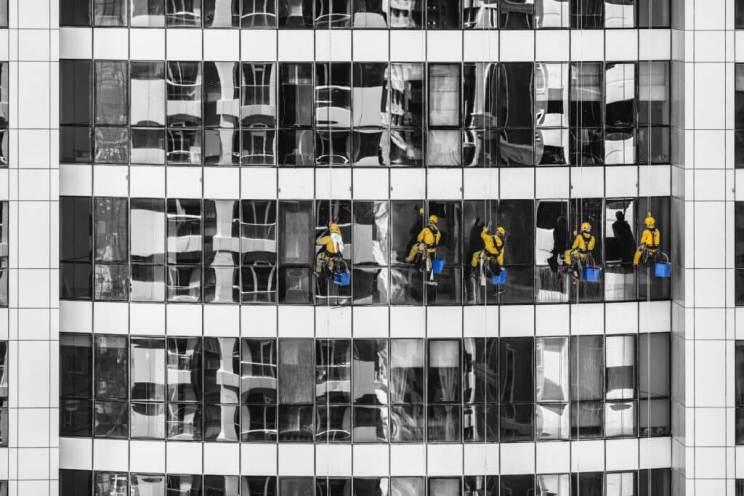 Le migliori idee di business per i servizi di pulizia delle finestre