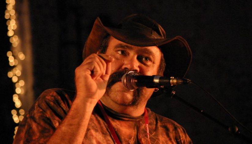 Mark ATKINS  Le Didgeridoo à la conquête des cinq continents