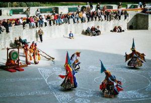 danses-du-tibet-paris-2003
