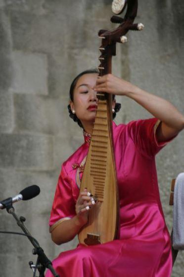 24 ans chinois chanteur datant 12