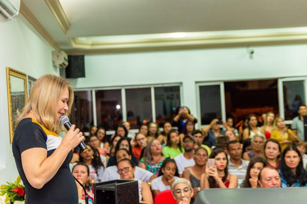 Professoras Lindinalva Vicente e Edjane Pereira lançam livro voltados a Educação Básica – Foto: João Santos Fotógrafo/ Divulgação