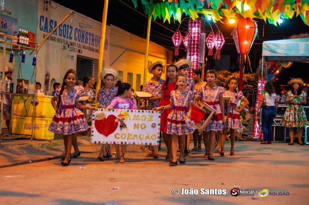"""Grupo de Adolescentes – """"Amor no coração"""" – Foto: João Santos/ S1 Notícias/ Divulgação"""