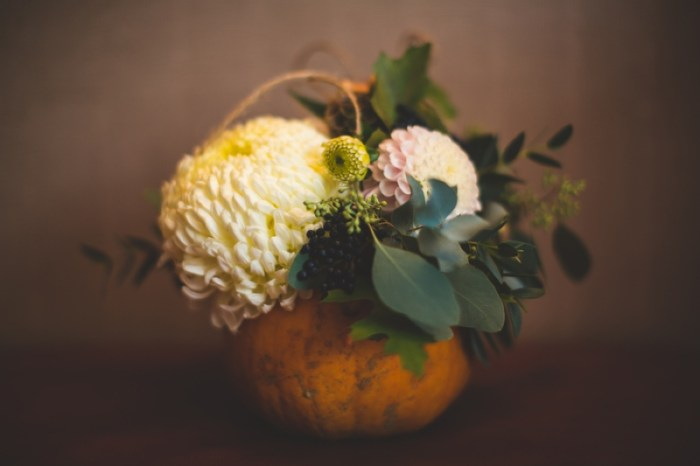 Haloween wedding flowers