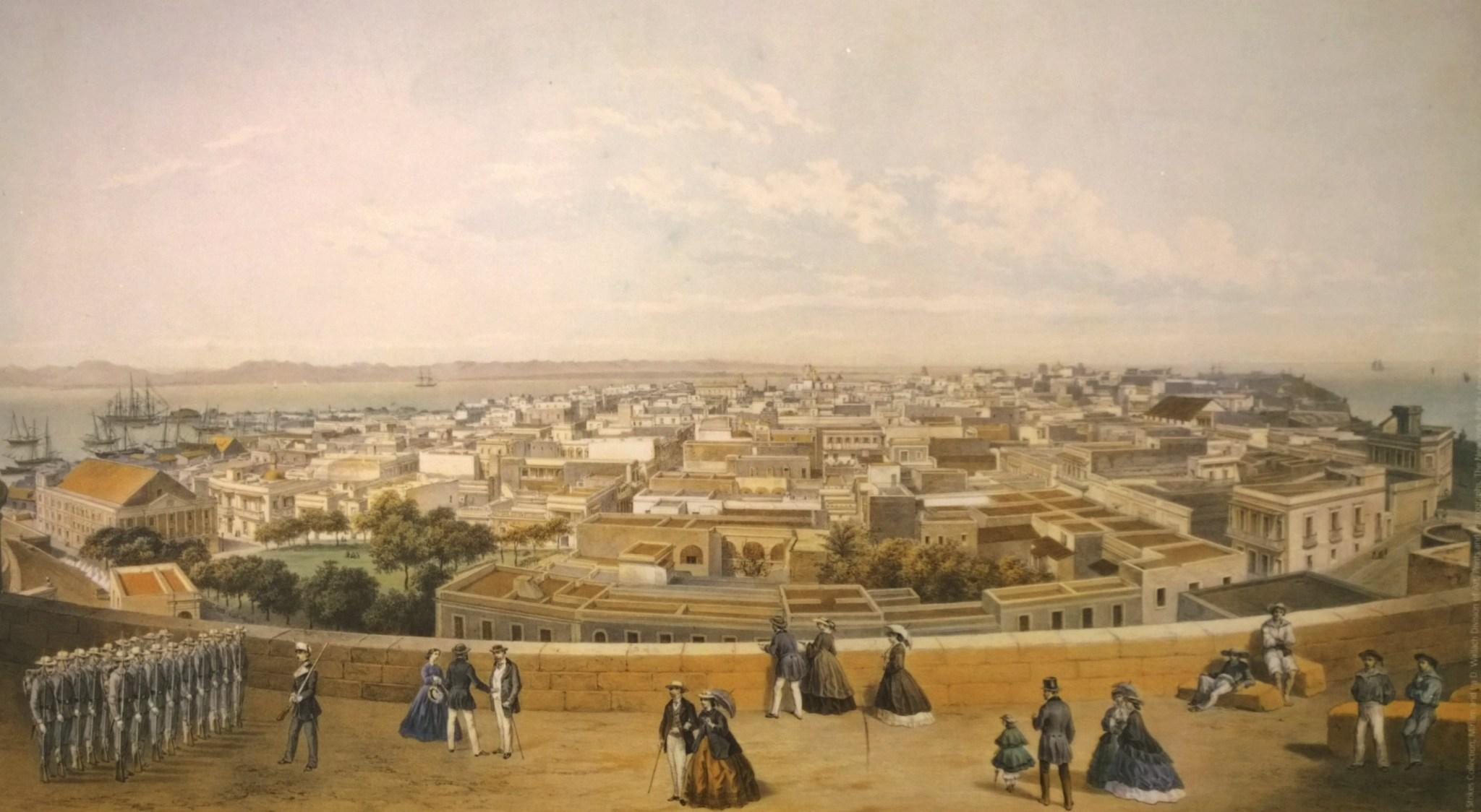 Alun perin linnoitus ympäröi koko San Juanin. Muurien ulkopuolella asui vain varattomia tai muuten siihen maailman aikaan ajatellusti 2. luokan kansalaisia. Kaupunki oli tupaten täynnä ja lopulta yksi muuri avattiin, jotta kaupunki pääsi levittäytymään isommaksi.