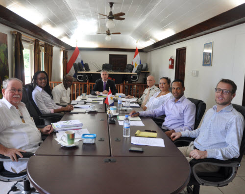 counter clockwise Will Johnson, Latoya Charles, Franklin Wilson, Island Governor Jonathan Johnson, Chris Meijvogel, Alida Heilbron, Island Secretary Tim Muller, Senior Policy Advisor Koen van Laar (Photo GIS Saba)