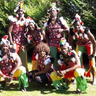 L'équipe Sabak et Beoneema Europe-Afrique