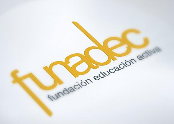 logo_portafolio_funadec