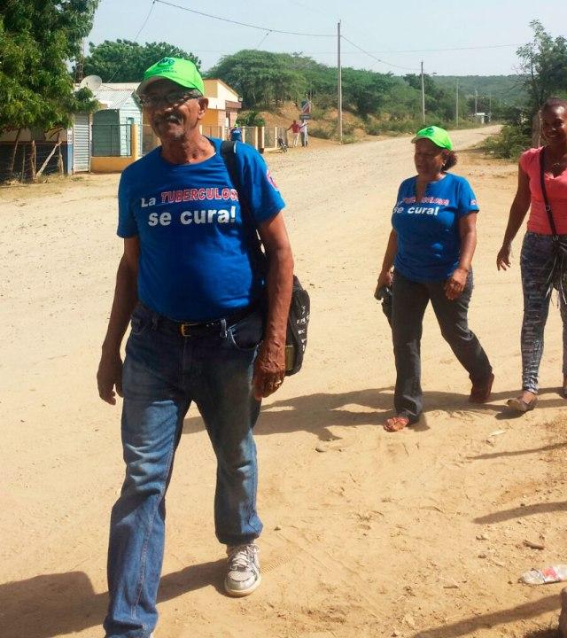 Empleados de Salud Publica (DPS) jornada en la comunidad Zamba