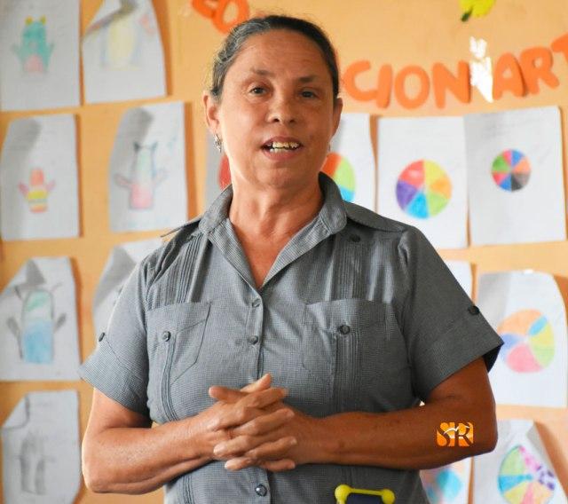 Profesora Juana Rodriguez - Sub-directora.