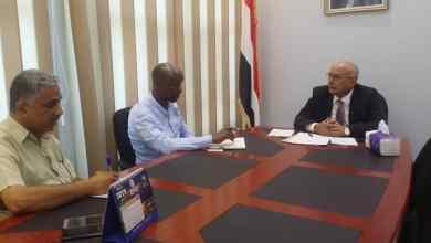 وزير الإدارة المحلية يبحث مع برنامج الاغذية العالمي التدخلات العاجلة في مساعدة المتضررين من اثار السيول
