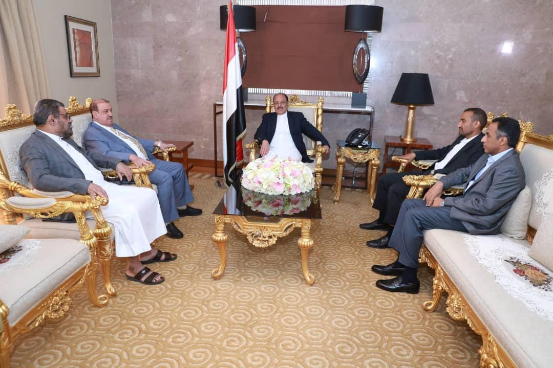 نائب رئيس الجمهورية  يستعرض مع رئيس مجلس النواب عدداً من المستجدات
