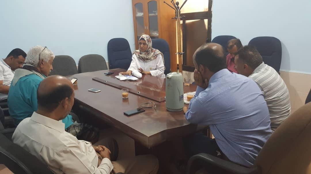 وزير الصحة يحمل ميليشيا الحوثي مسئولية تلف محاليل غسيل الكلى بمحافظة اب