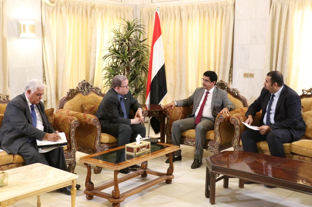 وكيل وزارة الخارجية يلتقي سفير جمهورية جنوب أفريقيا لدى اليمن