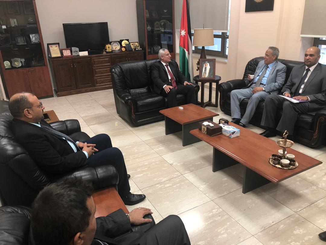 Photo of رئيس مجلس القضاء الأعلى يبحث مع نظيره الأردني التعاون الثنائي في مجال القضاء