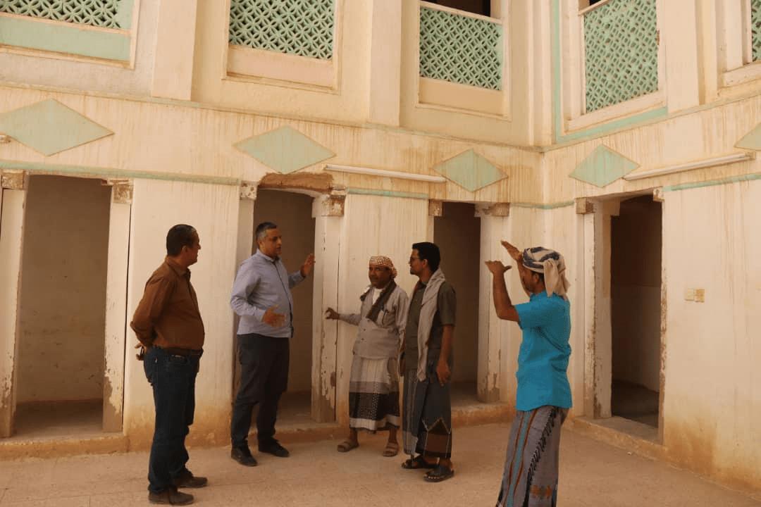 Photo of دماج يوجه بحماية مستوطنة ريبون الاثرية من التمدد العمراني والزراعي