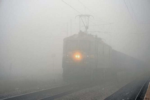 28 trains canceled in Delhi on dusk,