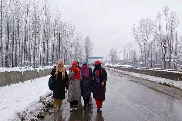 Freezing cold in Jammu and Kashmir