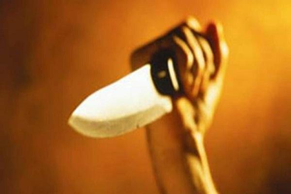 Mumbai: Shiv Sena leader knives and murdered