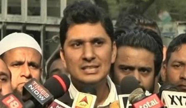 AAP cries conspiracy as 20 MLAs face disqualification