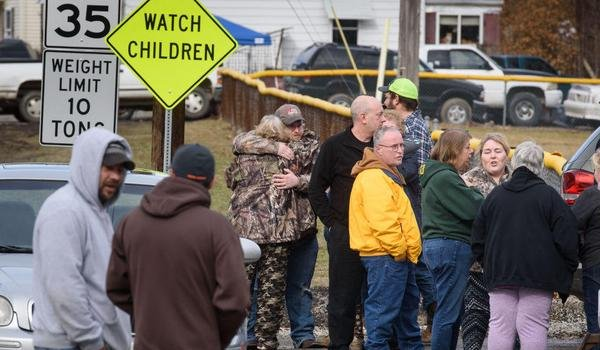 State police : 4 killed in shooting at Pennsylvania car wash