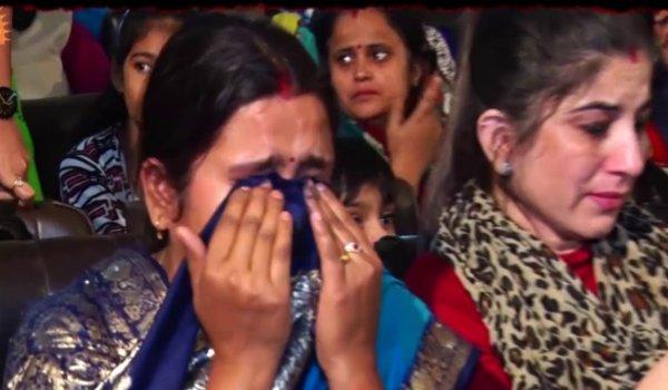 3 lakh people on YouTube heard kya gunah tha mere bachche ka