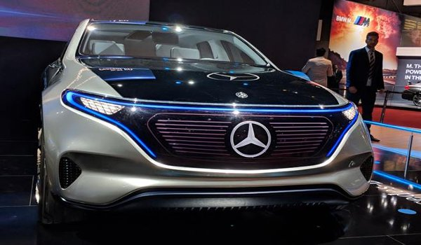 Auto Expo 2018 : Mercedes-Benz Launches Maybach S650 at Rs 2.73 crore