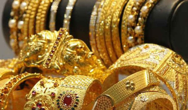 Gold Rate : Gold, silver down on profit booking