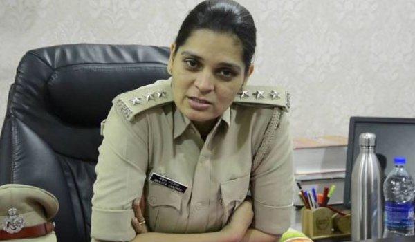 mehsana DSP Manjita Vanzara