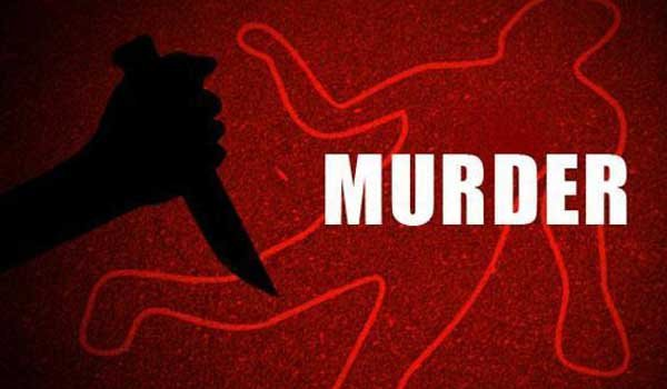 man kills Wife over illegal relationship suspicion in hamirpur