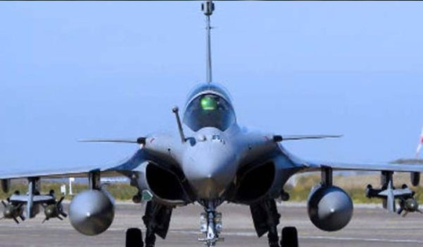 Rafale fighter jet to delivered to India on time : France