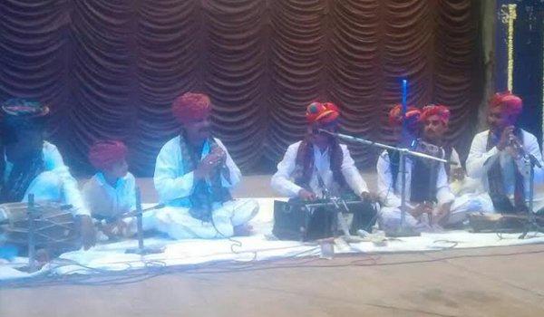 Bundu Khan Langa and party