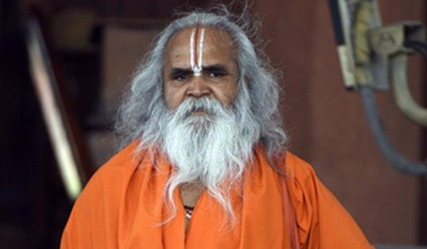 Ram Vilas Vedanti demands ban on Sri Sri Ravi Shankar's entrance in Ayodhya