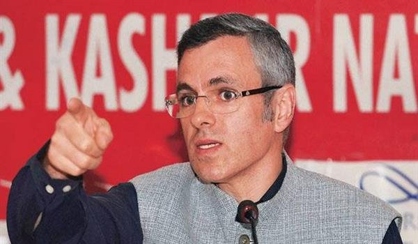 Omar takes dig at Dy CM for questioning Kathua probe