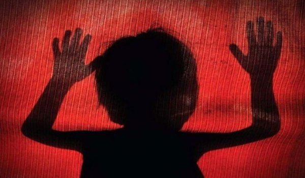 Surat: 11 year old girl's body found with 86 injuries, rape suspected