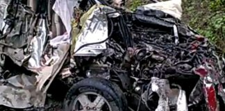 6 killed, four injured as Car truck collision in Raebareli