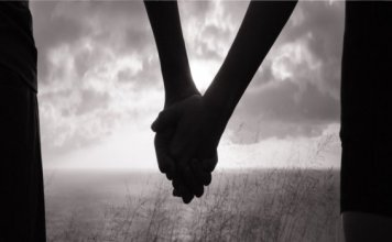 Love couple commits suicide in Mahoba