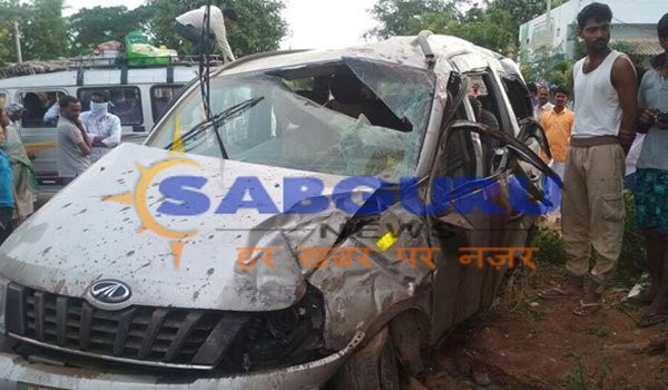 Six of family killed as car hit wall of bus stand in Nalgonda