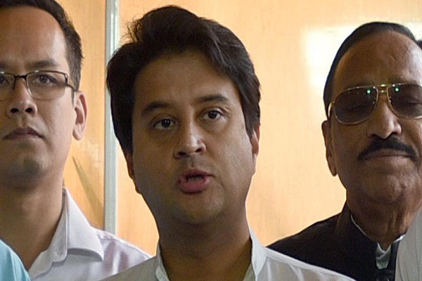No chair, desire to make a place in the heart of the people - Jyotiraditya Scindia