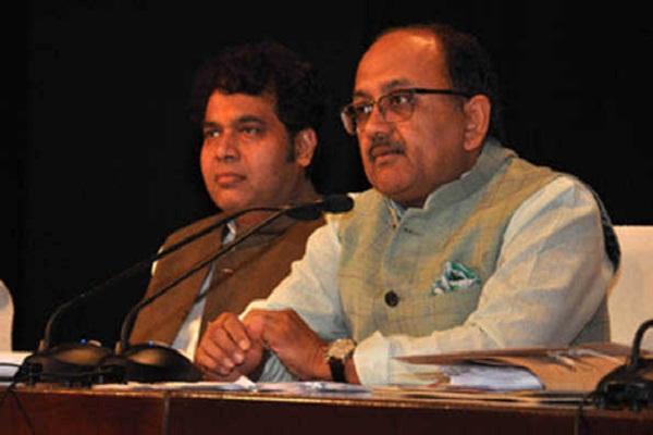 Yogi Sarkar announces Seventh Pay Commission for Transport Department