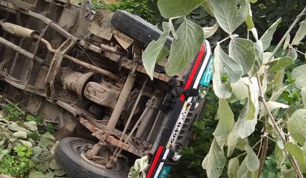 one killed, 15 injured as jeep overturns in sirohi