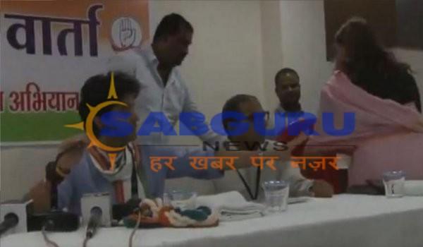 Jyotiraditya Scindia Takes Down Congress Spokesperson Noori Khan