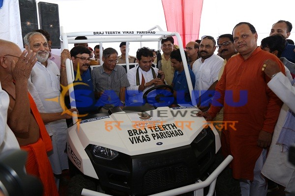 Polaris India presented the Ranger Electric Vehicle to the Upper Braj Tirth Development Council in Mathura