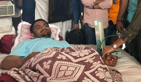 On 13th day of indefinite fast, Hardik Patel stops taking water again