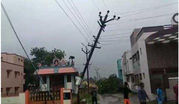 cyclone gaza kills 23 people in Tamil Nadu
